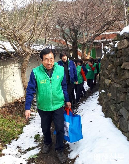 2. 송악면 새마을부녀회 봉사활동.png